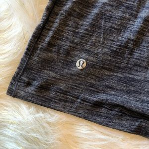 🆕🙌🏼Lululemon top with open back😍
